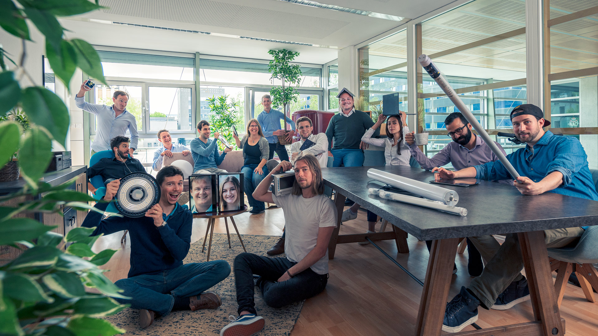 ledcity teamfoto juni2020 CMD 9255 - Startups rund um den Bodensee