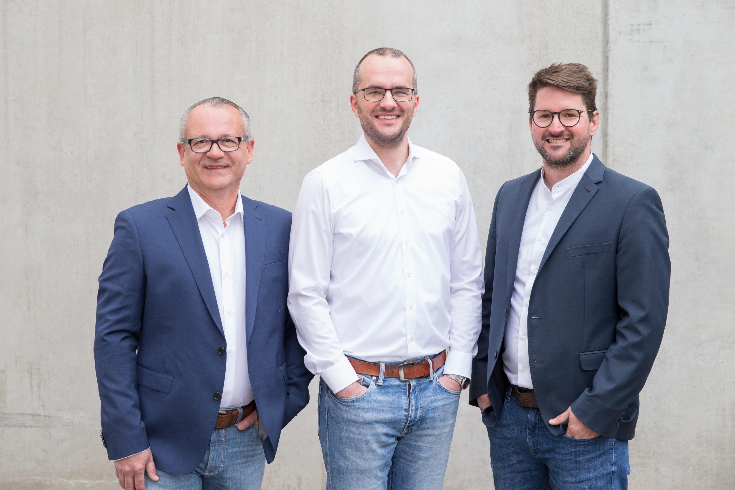 Hallo.immo Edgar Kellermann André Koller Marvin Lang von links scaled - Startups rund um den Bodensee